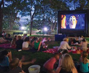 Animations musicales et cinéma de plein air @ Les Jardins de la Cure